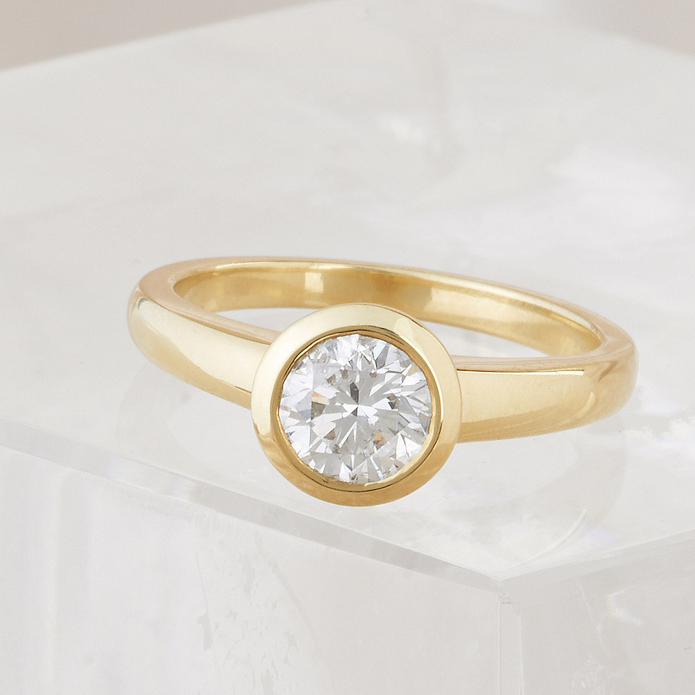 Diamond 1.05ct Bezel Set Ring handmade in 18ky Gold